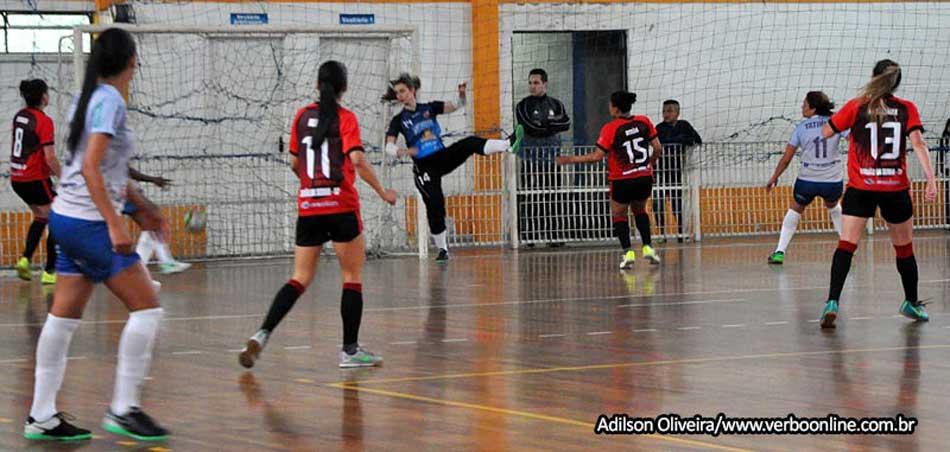 A equipe de futsal feminino do Clube Atlético Taboão da Serra – Cats  realiza seletiva para as Categorias sub-11 8afea40d04202