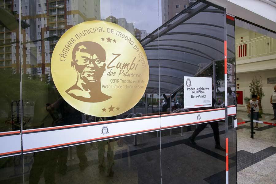 Entrega da Medalha Zumbi dos Palmares acontece no dia 19, na Câmara Municipal de Taboão da Serra - Portal O Taboanense